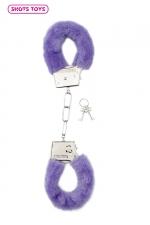 Menottes fourrure Shots - violet : Paire de menottes fantaisie qui ferment comme des vraies pour jouer à s'attacher. En métal et fausse fourrure violette.